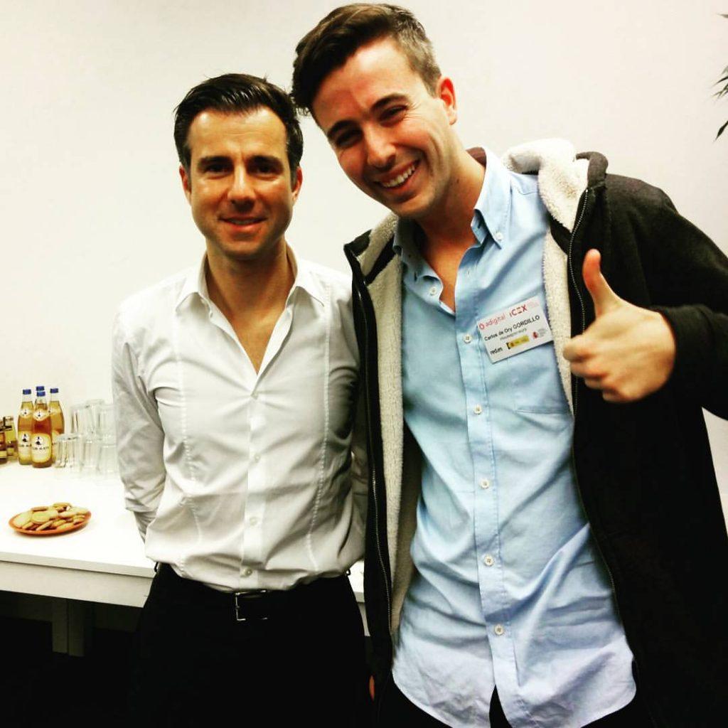 Carlos de Ory feliz con el CEO de FoodPanda