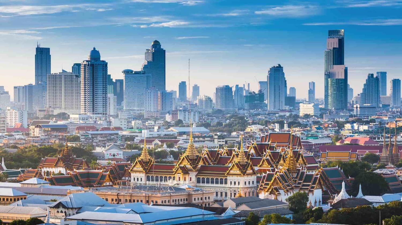 Trabajar en Tailandia te hará disfrutar de sus mega rascacielos.