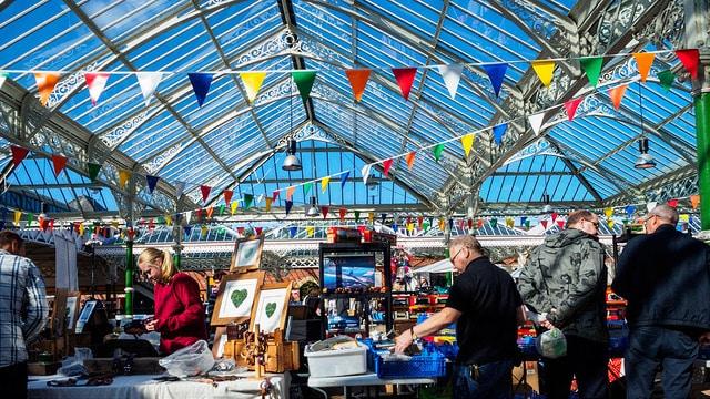 Mercado alrededor de la estación de Tynemouth (knoxrj)
