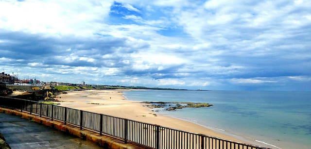 Vista general de la playa de Whitley Bay en Newcastle