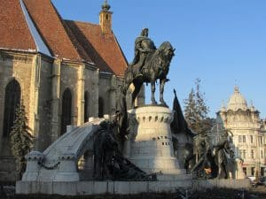 Estatua de Matthias Corvinus en Piata Unirii