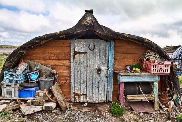 'Casa-barco' usada en la isla