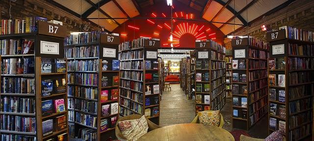 Interiores de la librería de Barter Books (David Vickers)