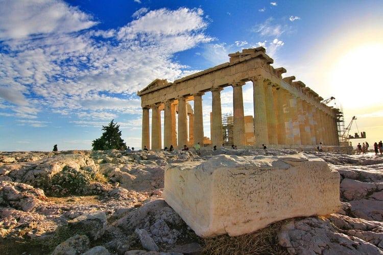 ¿Has probado a buscar el Partenón desde al avión?