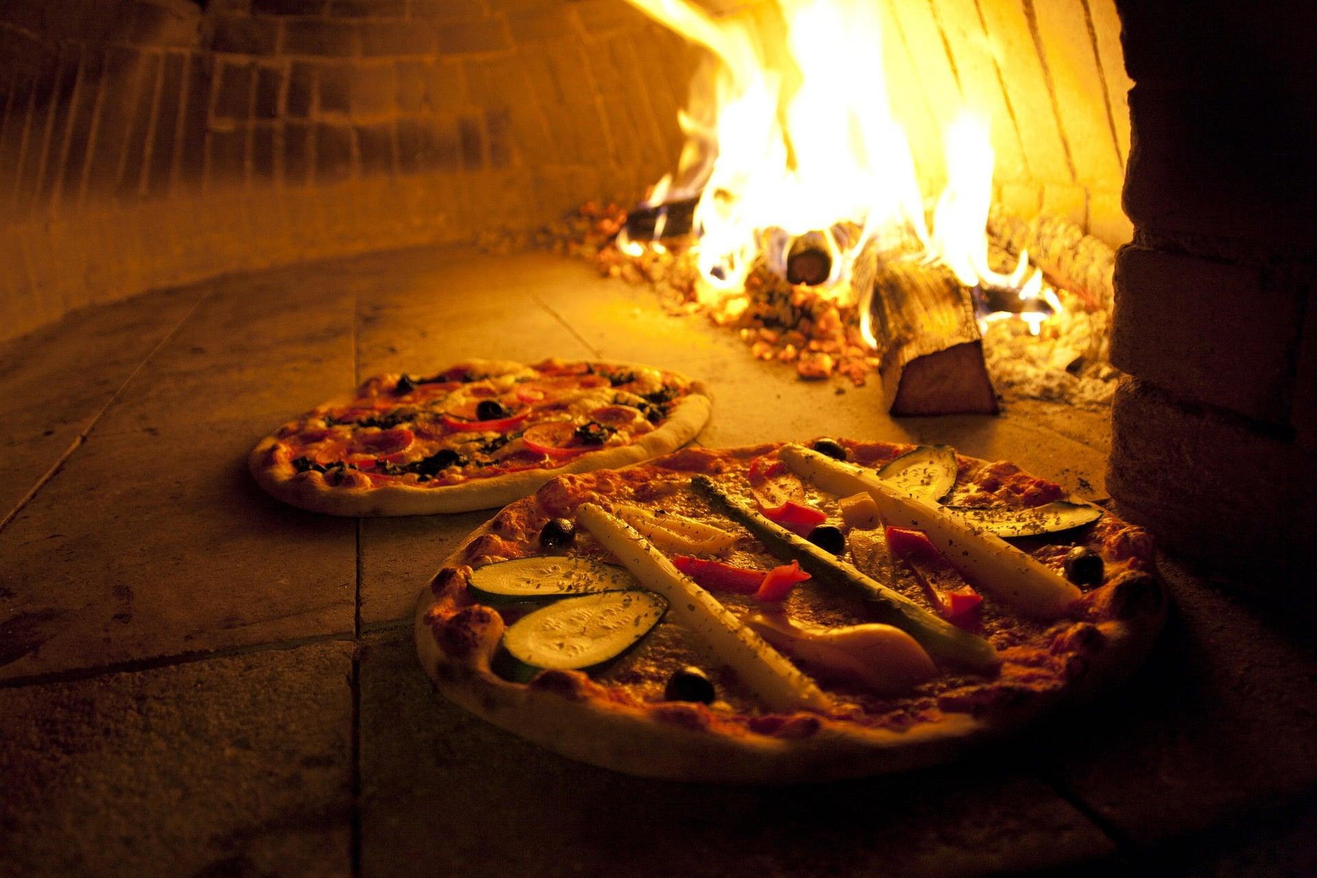 Pizza hecha al horno