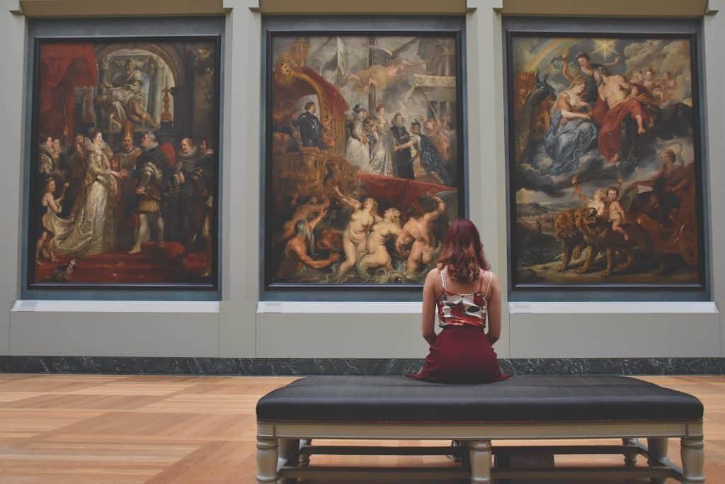 Si eres de los que se le detiene el tiempo al estar en un museo... ¡Bruselas es tu ciudad!