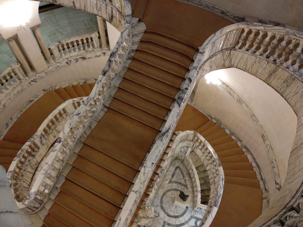 Escalinata Museo Nacional de Arte