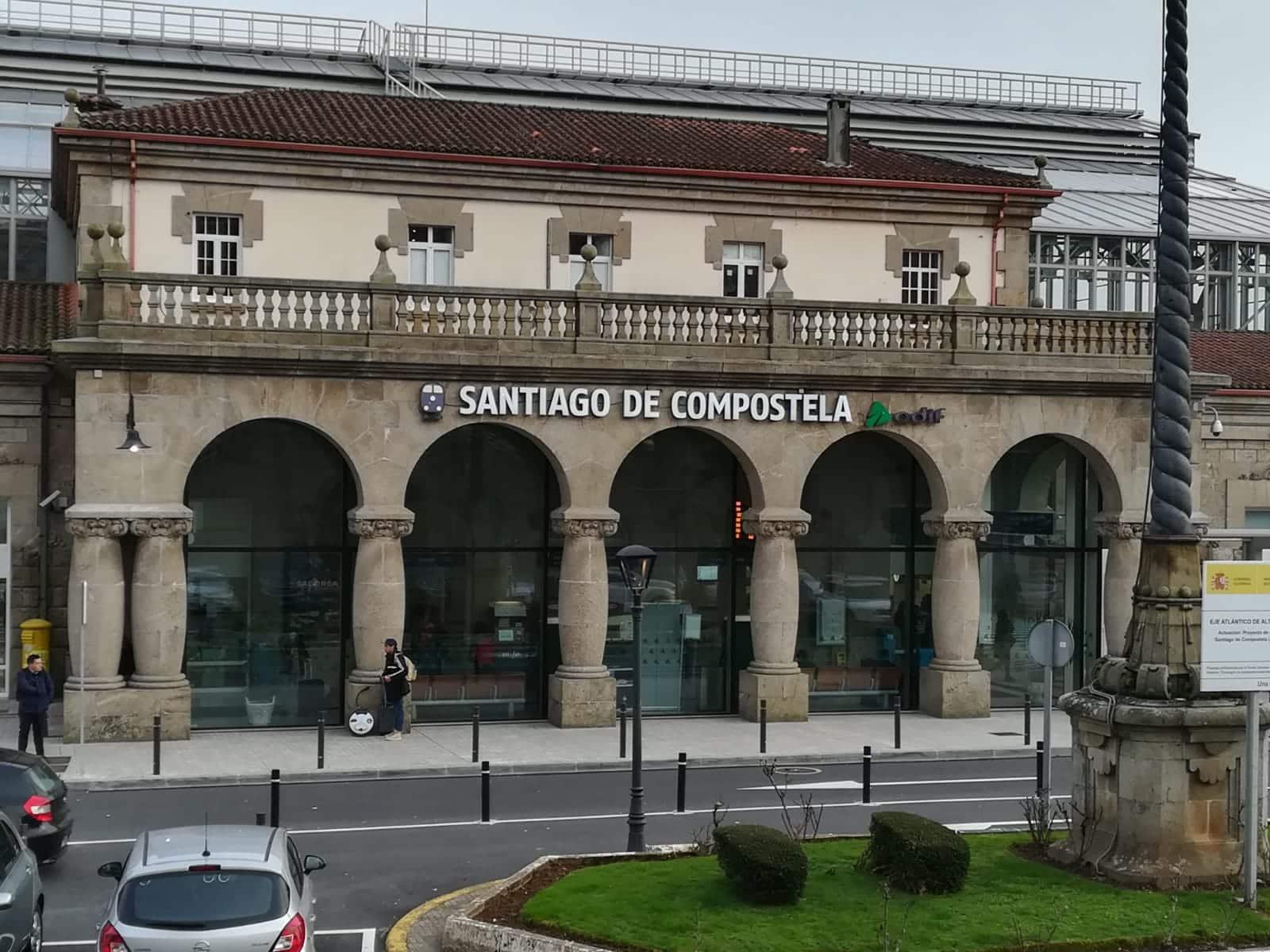 Estación de ferrocarril de SCQ