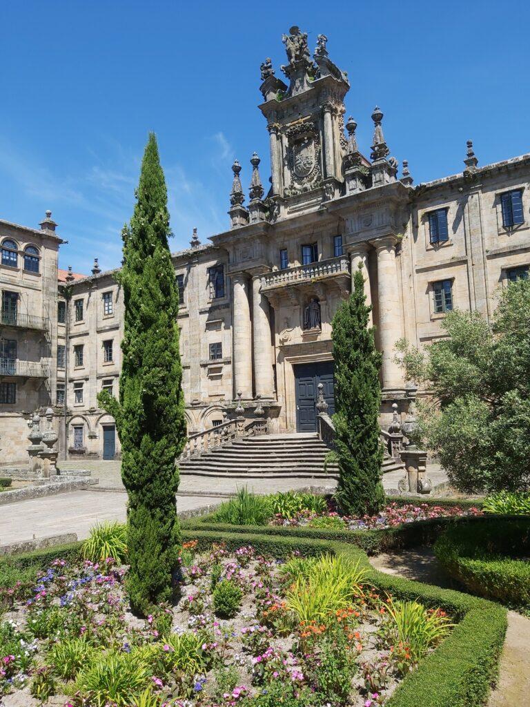 Imagen de la fachada del monasterio de San Martín Pinario